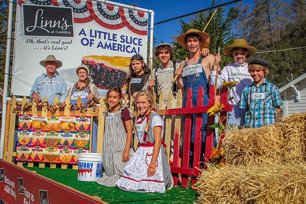 2015 Linn´s Pinedorado Parade Float